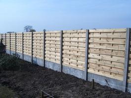 Plaatsen van de houten afsluiting