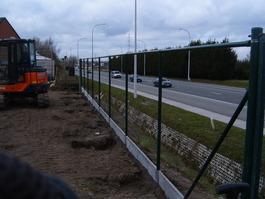 Plaatsen van de afsluiting door Caenepeel Christophe